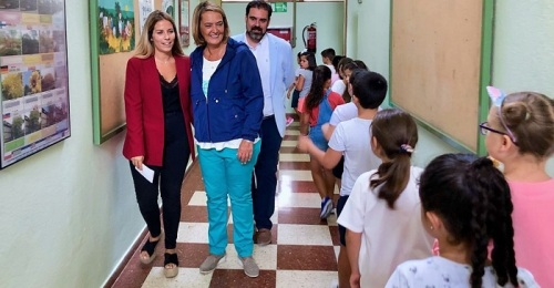 Visita Luisa García Chamorro al colegio Garvayo Dinelli.jpg
