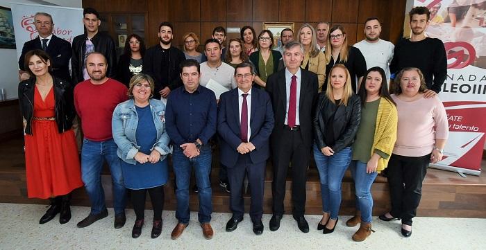 17 trabajadores formados por la Diputación encuentran empleo en el grupo La Caña.jpg