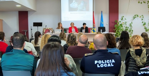 Diputación pone en marcha unas jornadas didácticas para combatir el ciberacoso.jpg