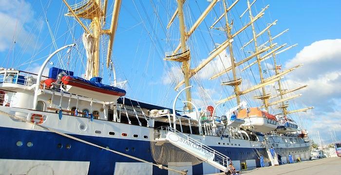El crucero de lujo Royal Clipper en el Puerto de Motril.jpg