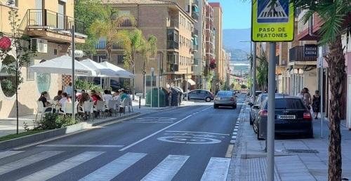 El PSOE destaca la transformación de la calle Ancha de Motril.jpg