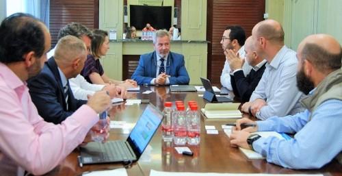 Inditex y Renault estudian fórmulas para    optimizar las exportaciones que realizan desde Motril a Marruecos.jpg