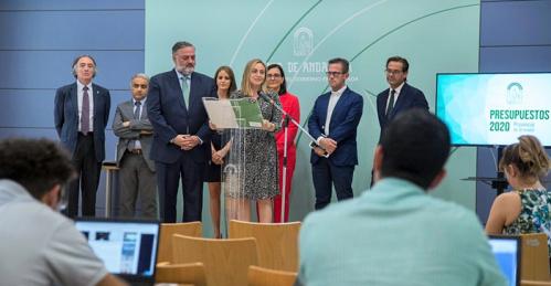 Marifrán Carazo destaca que todas las comarcas tienen partidas para proyectos    que mejorarán la vida de los granadinos.png