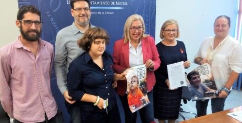 Motril colabora con la campaña de Autismo Andalucía para visibilizar a las personas con TEA.jpg