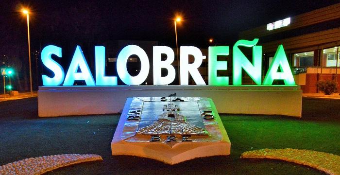 Salobreña renueva la imagen de entrada al municipio por completo con una actuación integral en toda la zona