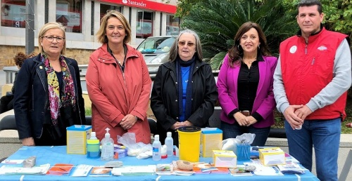 El Ayto. de Motril participa en los actos organizados en el Día de la Diabetes para dar visibilidad a esta dolencia.jpg