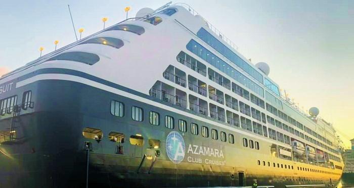 El crucero de lujo Azamara Pursuit hace escala en el Puerto de Motril.jpg