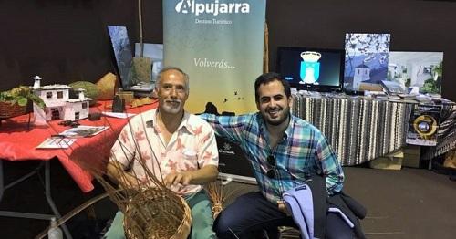 El Grupo Socialista de Lanjarón felicita al artesano de la mimbre Javier Bermúdez, distinguido en la Guía Repsol.jpg