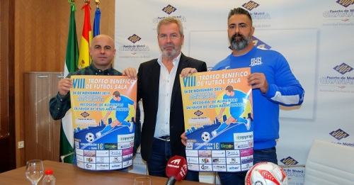 El Puerto de Motril se abre a la ciudad con un torneo solidario de fútbol sala organizado por la asociación Run&Run.jpg