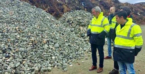 El Puerto se interesa por la economía circular que desarrolla una empresa local dedicada a los áridos reciclados.jpg