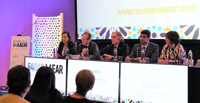Granada acoge un congreso de Anestesiología y Reanimación con cerca de 300 especialistas de toda España.jpg