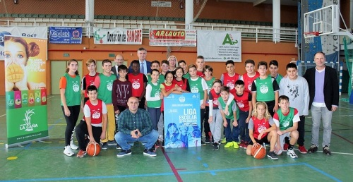 Grupo La Caña y el Club de Baloncesto Costa Tropical presentan la Liga Escolar de Baloncesto 2019-2020.jpg