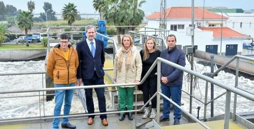 La alcaldesa destaca la labor que realiza la EDAR Motril-Salobreña en  la depuración de aguas residuales.jpg