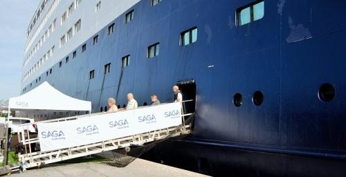 Motril, uno de los tres puertos españoles de escala del crucero Saga Sapphire.jpg
