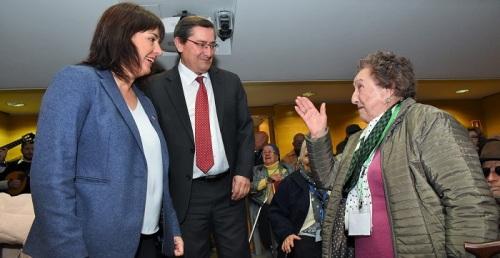 114 mayores de la provincia pasarán las fiestas navideñas en Almuñécar.jpg