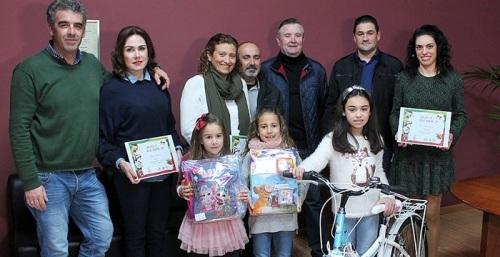 Con mucho color y carácter familiar felicitan la Navidad en Grupo La Caña.jpg