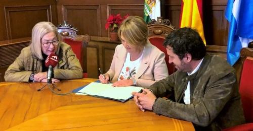 El Ayuntamiento de Motril prórroga el convenio para dar cobertura al servicio de Policía Local en Torrenueva Costa