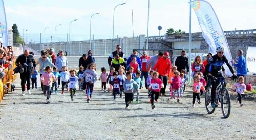 El Cross Escolar Villa de Salobreña bate su récord de participación y alcanza los 600 participantes.jpg