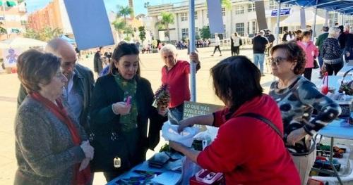 El PSOE de Motril destaca la labor de las asociaciones y ONGs en su XIV Feria, celebrada en la plaza de la Coronación.jpg