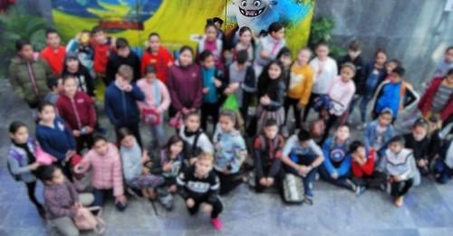 El Puerto acerca el cine a los más pequeños de los barrios de Varadero y Santa Adela