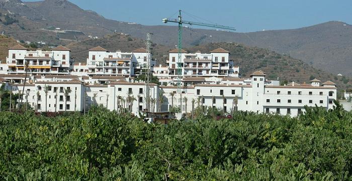 Hotel Cercado de la Santa Cruz en Almuñécar.png