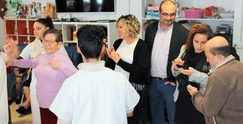 La empresa de ayuda a domicilio de Salobreña, Ayudan2, celebra el VIII Encuentro entre usuarios y auxiliares.jpg