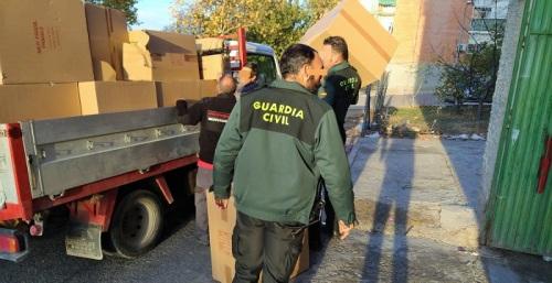 La Guardia Civil detiene a un individuo por un robo con intimidación de parte de la carga de un camión.jpg