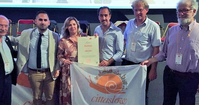 La red internacional de municipios Cittaslow apoya a Bubión para ser municipio turístico de Andalucía.jpg