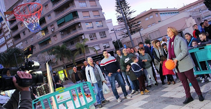 Los motrileños suman puntos practicando el deporte de la solidaridad.jpg
