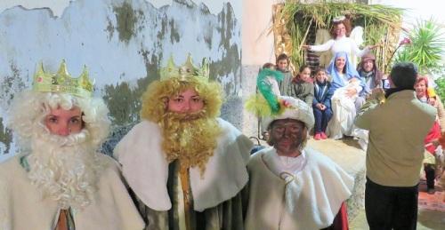 Los vecinos de la calle Guadix de Salobreña volverán a representar la Natividad este sábado.jpg