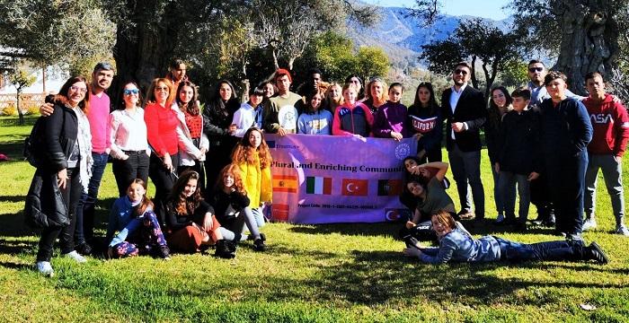 Alumnos y profesores de Turquía, Portugal e Italia visitan Órgiva gracias a un proyecto Erasmus+