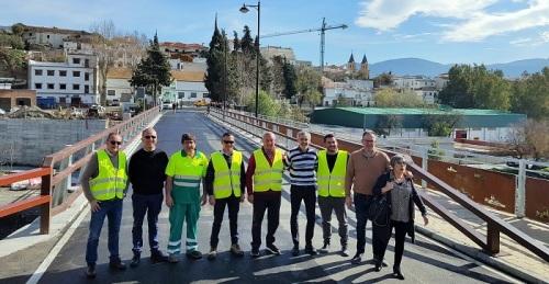 Órgiva pone en servicio su nuevo puente de río Chico