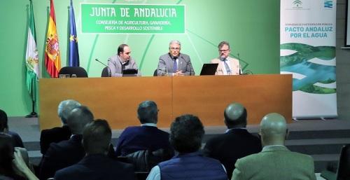 Los agentes sectoriales participan en la redacción del 'Documento de trabajo del Pacto Andaluz por el Agua'