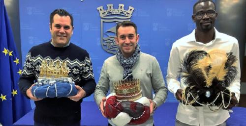 Los Reyes Magos de Almuñécar reciben sus coronas y se preparan para una cabalgata de cuento.png