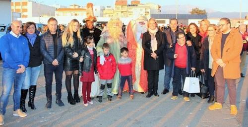 Motril brinda su bienvenida más cariñosa a los Reyes Magos.jpg