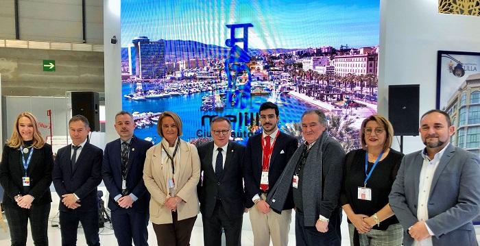 Motril y la ciudad de Melilla acuerdan en Fitur nuevos lazos de promoción turística y de colaboración 'fraternales'