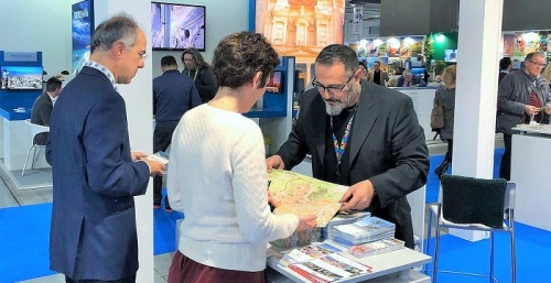 Diputación promociona Granada en la feria BIT de Milán, ciudad con la que tiene conexión aérea directa