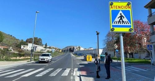 El área de Mantenimiento del Ayuntamiento de Motril mejora la seguridad en la Ronda de Poniente