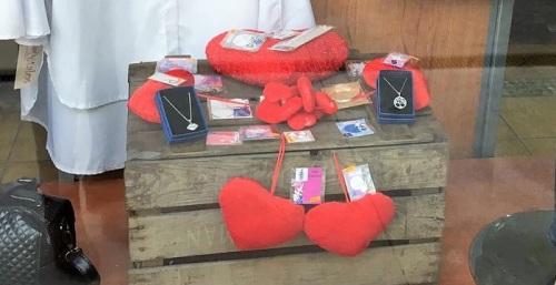 El comercio de La Herradura celebra en febrero 'El mes del amor'