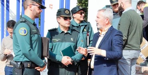 El jefe de la Comandancia de la Guardia Civil visita el Puerto y conoce la zona donde se construirá el nuevo cuartel