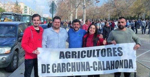 El PSOE de Motril y de Carchuna y Calahonda asisten a la gran tractorada y manifestación de Granada
