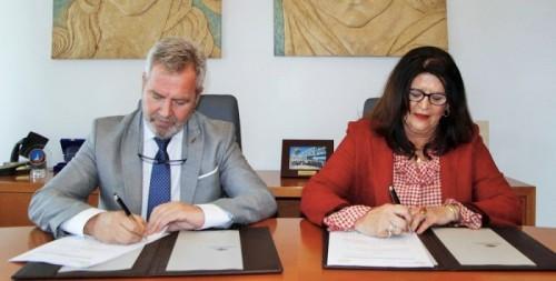 Motrilport firma un convenio con Granada Internacional para ayudar en la internacionalización de las empresas