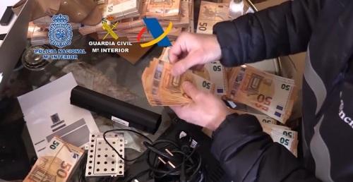 Operación de la Policía Nacional, Guardia Civil y Agencia Tributaria contra el tráfico ilegal de medicamentos