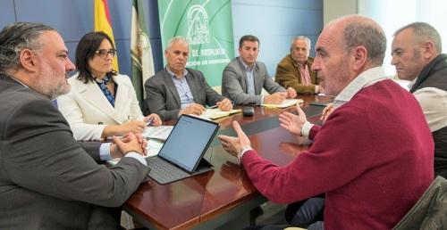 Pablo García se compromete con agricultores y ganaderos de la provincia a trasladar sus propuestas al Gobierno