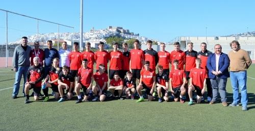 Un equipo de fútbol alemán pasa la semana en Salobreña para entrenar y conocer el municipio
