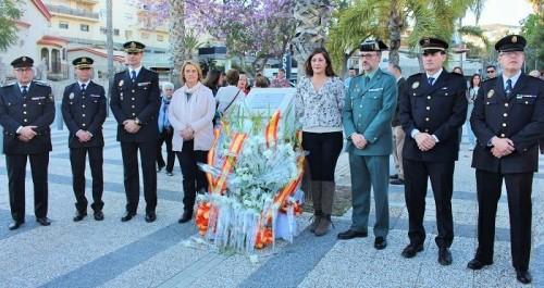 Admiración, gratitud y respeto en la conmemoración del 11 M en Motril