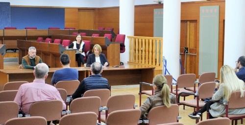 El Ayuntamiento de Motril cierra sus oficinas y decreta servicios mínimos para proteger la salud de los vecinos