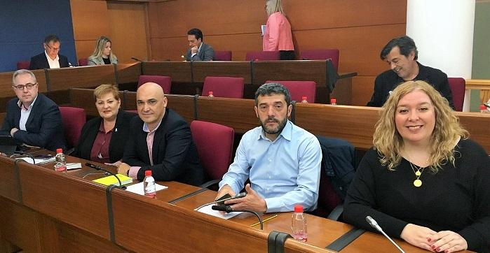 El Pleno aprueba por unanimidad la propuesta del PSOE para la concesión de licencias exprés en obras menores