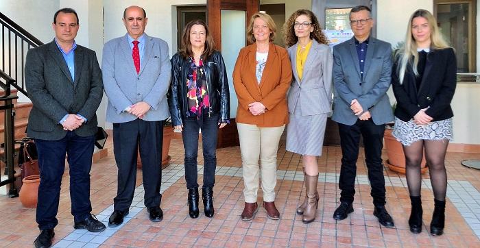 La alcaldesa de Motril inaugura las XX Jornadas Regionales de Directores de Instituto