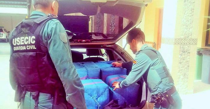 La Guardia Civil intercepta un vehículo con 750 kilos de hachís en Gualchos-Castell de Ferro